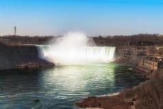 Kanadensare Niagara Falls f?r flyg- sikt fotografering för bildbyråer