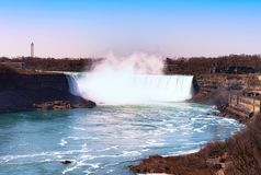 Kanadensare Niagara Falls f?r flyg- sikt arkivfoto
