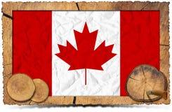 Kanadensisk flagga på träfotoram Royaltyfria Bilder