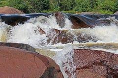 Kanadensisk sköldvattenfall Royaltyfri Bild
