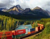 Kanadensisk Stillahavs- järnväg, fraktdrev Arkivfoto