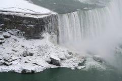 kanadensisk vinter för fallsniagara sida royaltyfri fotografi
