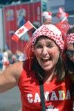 Kanadensiska fans ankommer till BC Place Stadium Arkivbilder