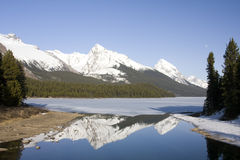 Kanadische felsige Berge lizenzfreie stockfotos