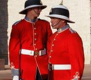 Kanadische Soldaten in den historischen Uniformen für Erinnerungs-Tag Stockbilder
