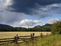 kanadyjczyk chmurnieje zmroku krajobraz Obraz Royalty Free