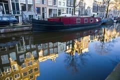 Kanal in Amsterdam Stockbild