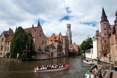 Kanal av Bruges, Belgien arkivbild