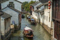 Kanal bei Zhouzhuang stockfotos