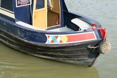 Kanal-Boote in England Lizenzfreie Stockfotos