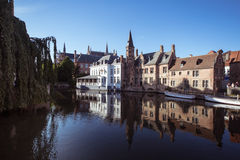 Kanal in Brügge Lizenzfreies Stockfoto