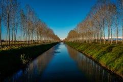Kanal Cavur in Galliate stockbilder