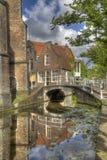 kanal delft holland royaltyfria foton
