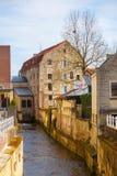 Kanal in der alten Stadt von Valkenburg, die Niederlande stockfoto