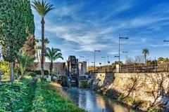 Kanal der Zirkulation des Wassers lizenzfreie stockbilder