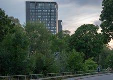 Kanal di Karlbergs a Stoccolma, Svezia da crepuscolo immagini stock libere da diritti