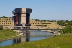 Kanal du Centrera - Strepy royaltyfri bild