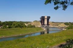 Kanal du Centrera - Strepy-Bracquegnies arkivfoto