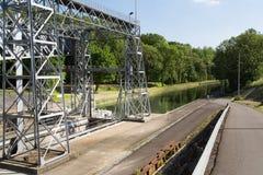 Kanal du Centrera - Strepy-Bracquegnies arkivfoton