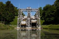 Kanal du Centrera - Strepy-Bracquegnies fotografering för bildbyråer