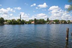 Kanal i Berlin royaltyfria bilder