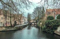 Kanal i Brugge fotografering för bildbyråer