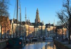Kanal i Groningen Arkivbild