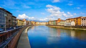 Kanal i Pisa Arkivbilder