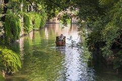 Kanal i Tiger Hill Park i Suzhou, Kina arkivbild