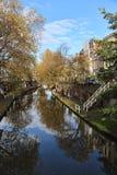 Kanal i Utrecht, Holland royaltyfri foto