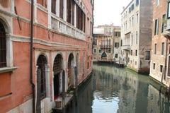 Kanal i Venedig, Italien Royaltyfri Fotografi