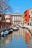 Kanal i Venedig Italien royaltyfri foto