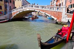 Kanal i Venedig Italien royaltyfri fotografi