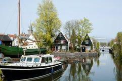 Kanal im Edamer - die Niederlande stockfotos