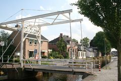 Kanal Overdiepen i Veendam royaltyfri foto