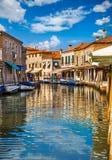 Kanal på ön Murano i Venedig Italien Fotografering för Bildbyråer