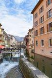 Kanal på Annecy, Frankrike Royaltyfria Foton