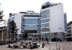 Kanal plus TVbyggnad Royaltyfri Foto