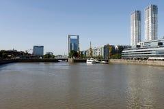 Kanal in Puerto Madero, Buenos Aires Stockfotografie