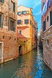 Kanal Rio San Giovanni Crisostomo Venedig Italien stockbild