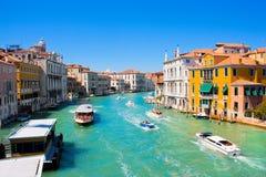 Kanal som är stor i Venedig, Italien royaltyfria bilder
