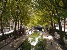 Kanal St Martin, Paris lizenzfreies stockbild