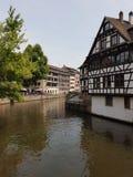 Kanal in Straßburg stockbild