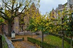 Kanal und Altbauten in Brügge, Belgien Lizenzfreies Stockbild