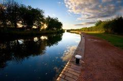 Kanal und Towpath lizenzfreies stockbild