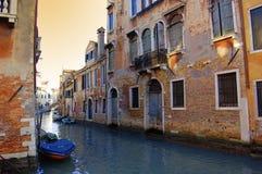 Kanal in Venedig Stockbilder