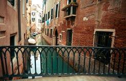 Kanal Venedig-Italien Stockbild