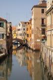 kanal venice Royaltyfria Foton