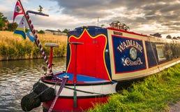 Kanalboot - Mitte von England Stockbilder
