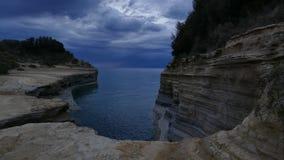 Kanalen av förälskelse, `-kärleksaffär för kanal D i Sidari corfu greece ö Tid schackningsperiod arkivfilmer